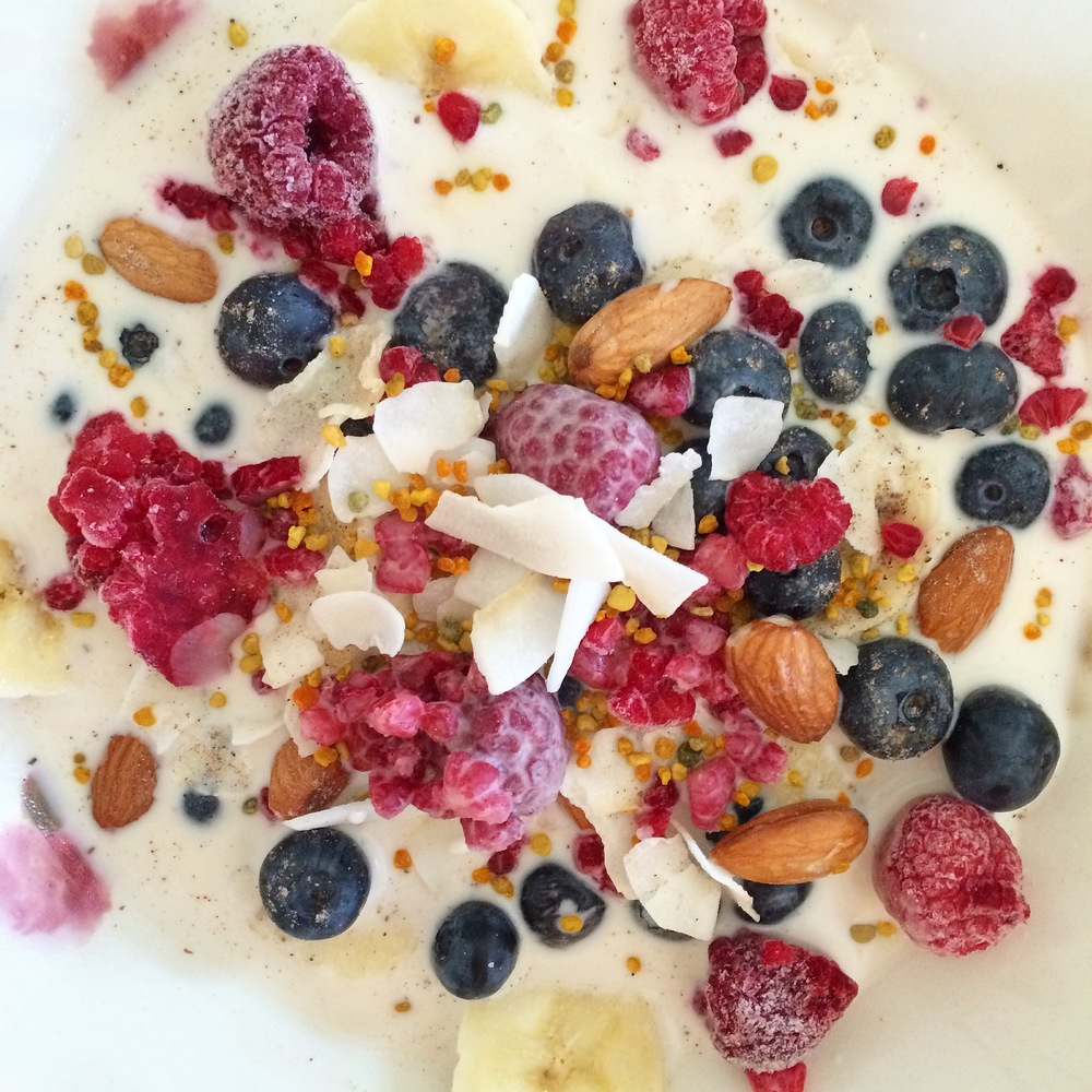 Fruity Cereal - 5 healthy ways to start your day - My Natural Kitchen (gluten free, vegan, raw)