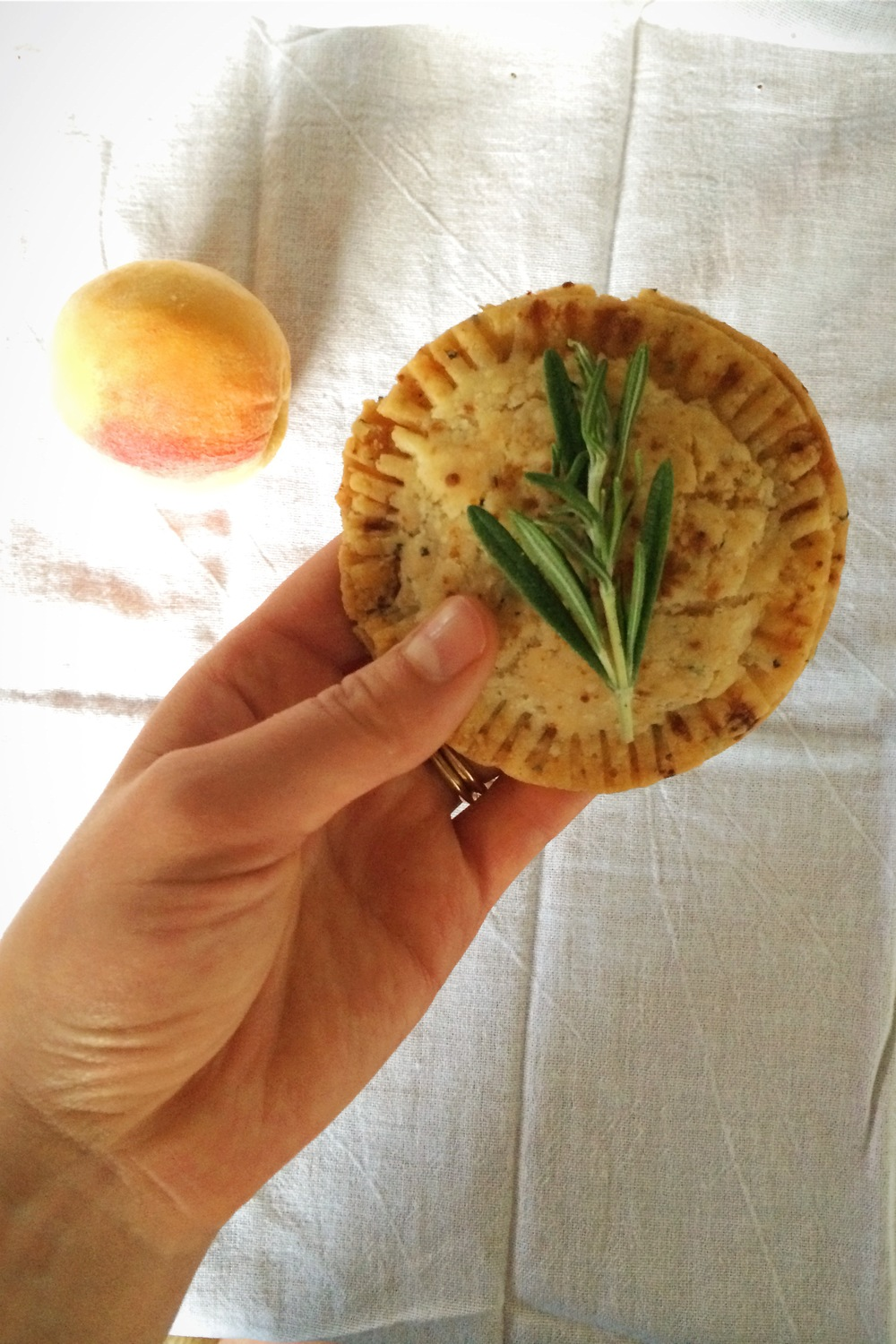 rosemary-infused peach hand-pies (gluten free, vegan) - My Natural Kitchen