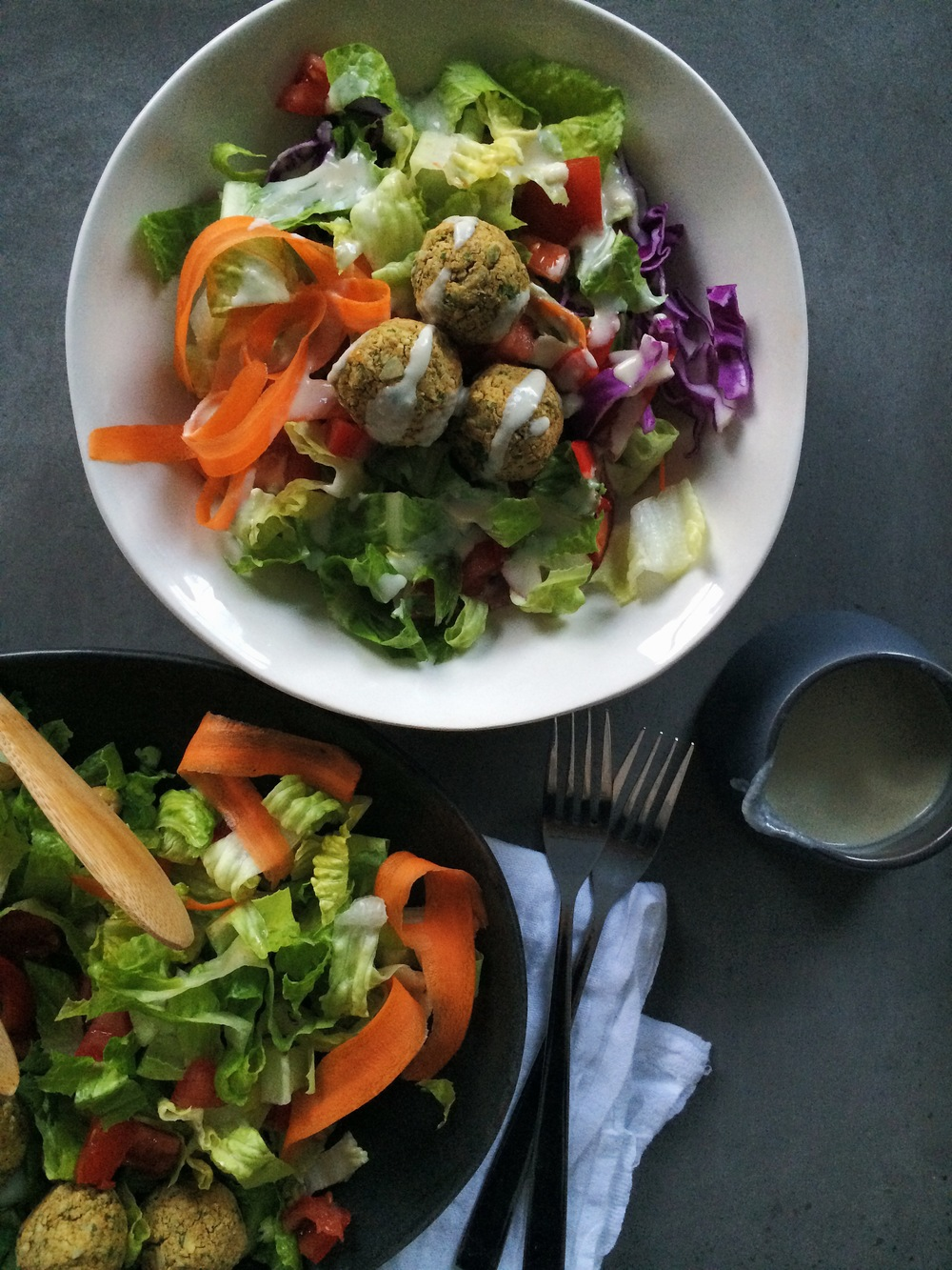 Parsley & Pepita Falafel Salad with Garlic Tahini Dressing ...