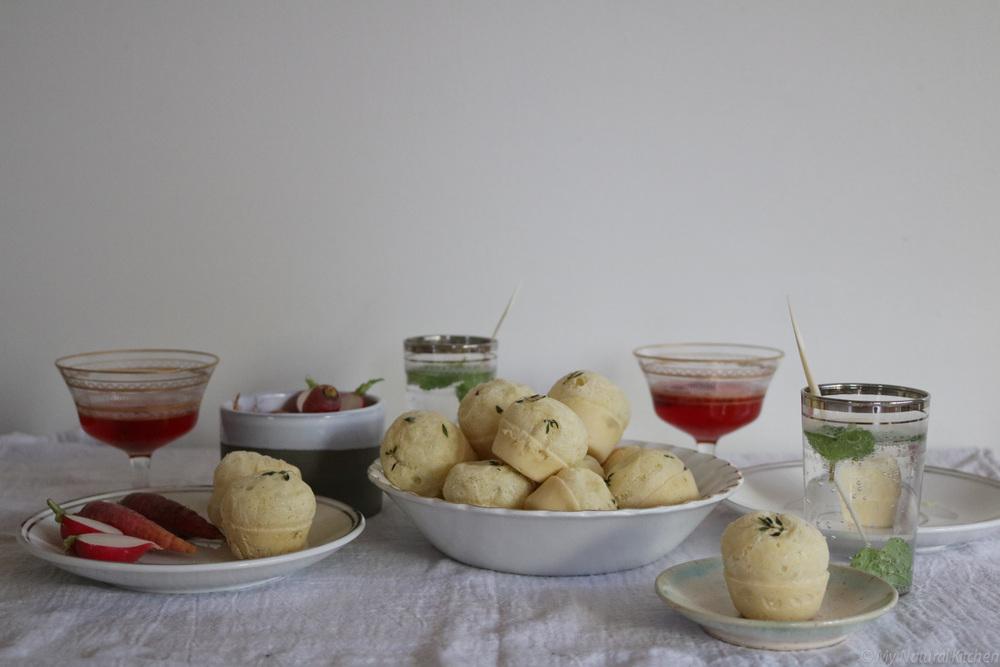 Brazilian cheesy thyme popovers (pao de queijo) - gluten free - @mynaturalkitchen