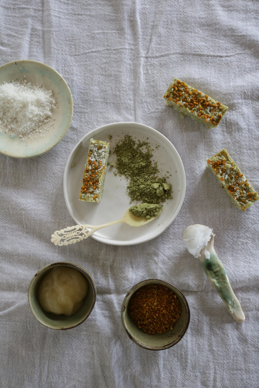 no-bake matcha coconut + bee pollen bars (gluten free) from my natural kitchen