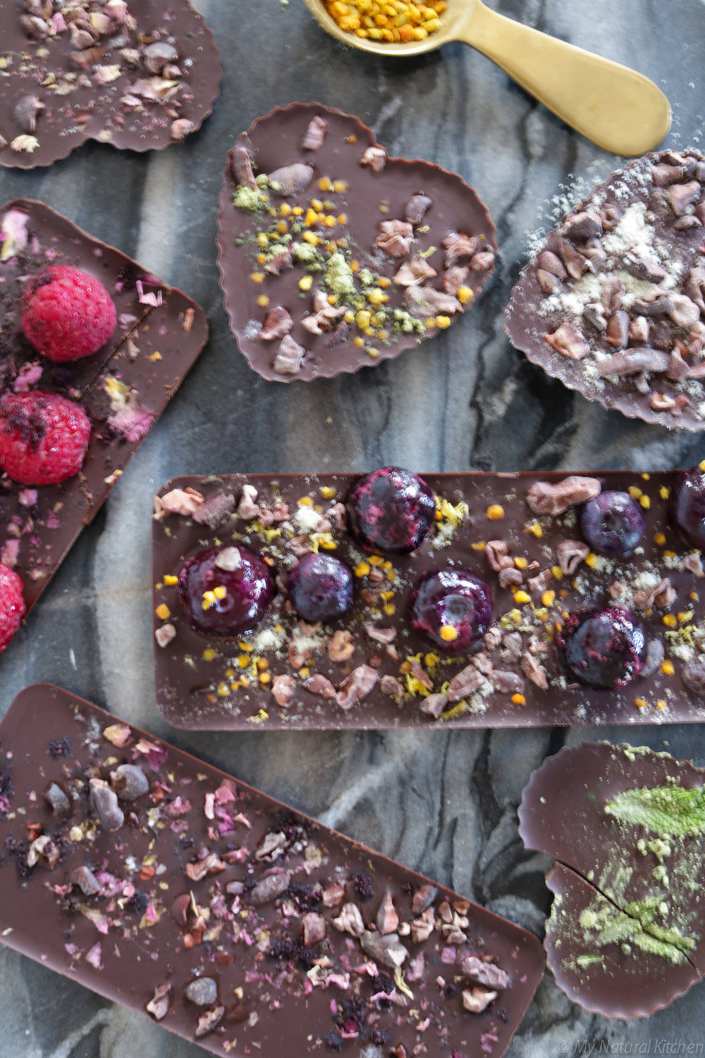 adaptogenic chocolate and fruit bars #glutenfree #vegan #sugarfree by my natural kitchen