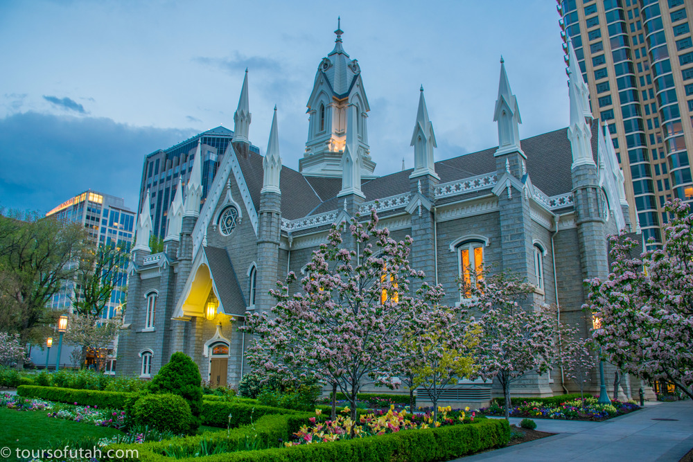 Blossoms on Temple Square Tour in Salt Lake City