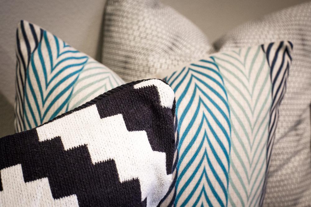 Kodury settee pillow details-103.jpg