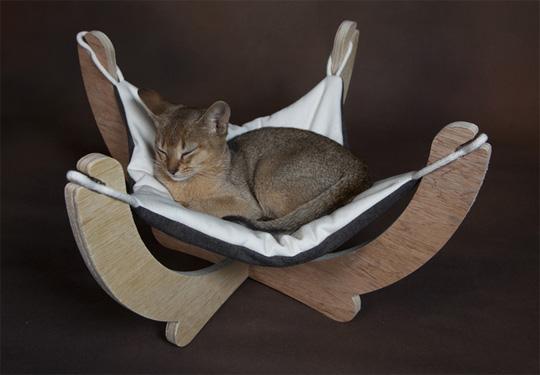 hammock cat enter to win a tsuki scratcher from kitticraft  u2014 african cat project  rh   africancatproject org