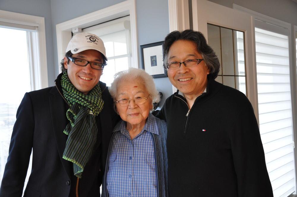 Mark, Grandma, Stan.JPG