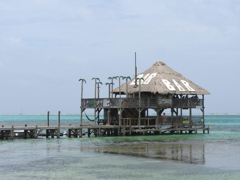 Palapa Bar & Grill, Belize
