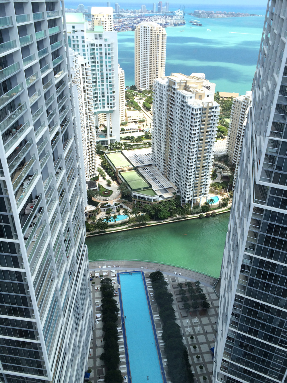 VICEROY_MIAMI_FIFTY_ROOF.jpg