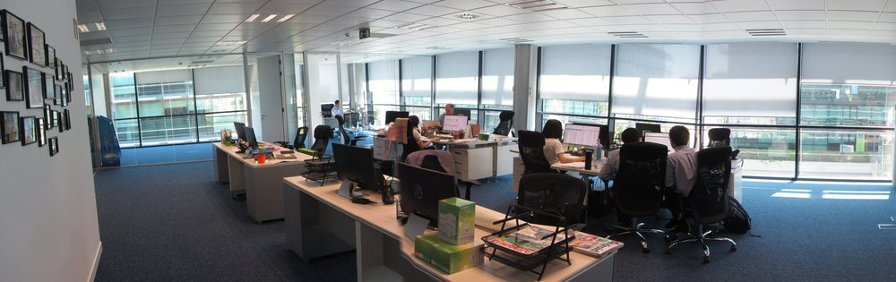 panoramica oficina ventanas 2