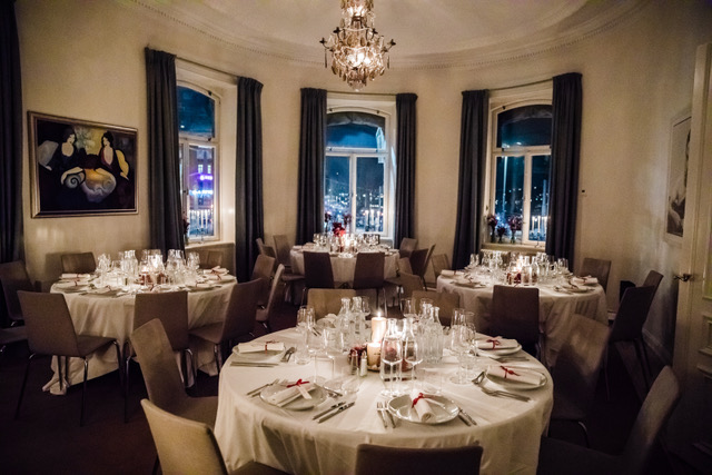 Dinner Corner Room with view over Dramaten and Nybroviken