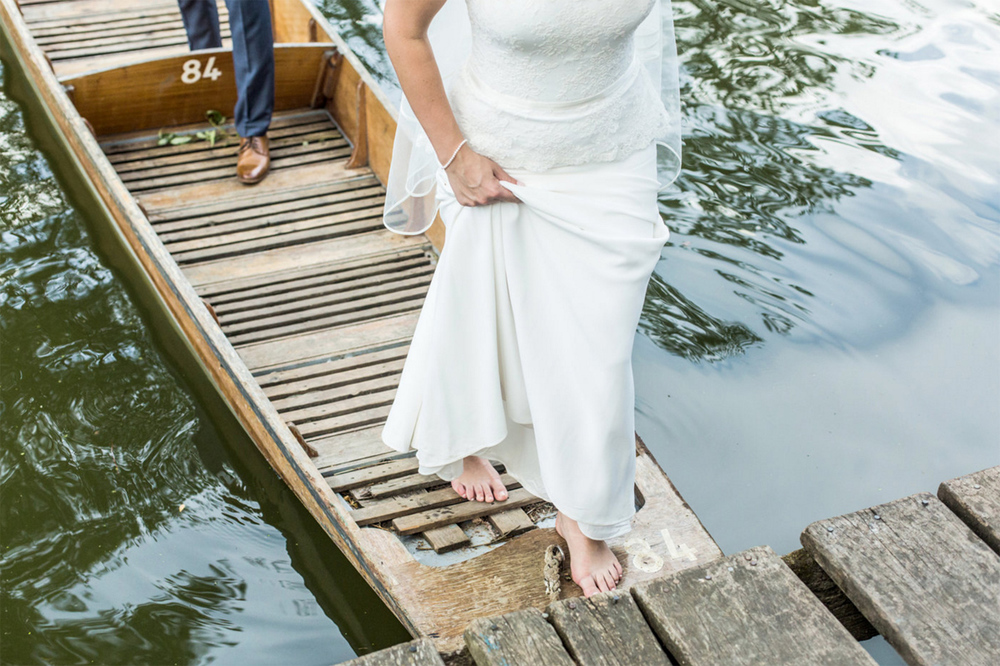Cherwell Boathouse | Weddings by Charlotte Hu