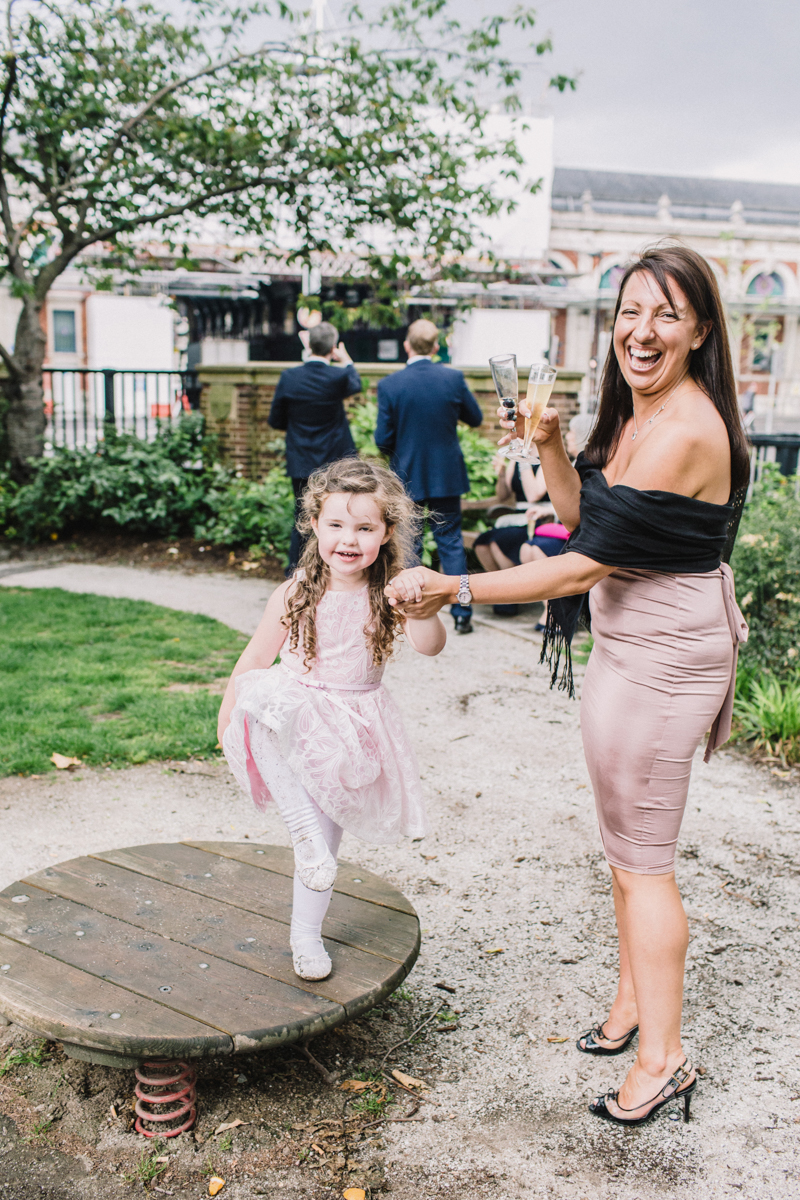 Wedding at Wandsworth Town Hall & St Bart's Brewery | Charlotte Hu Photography