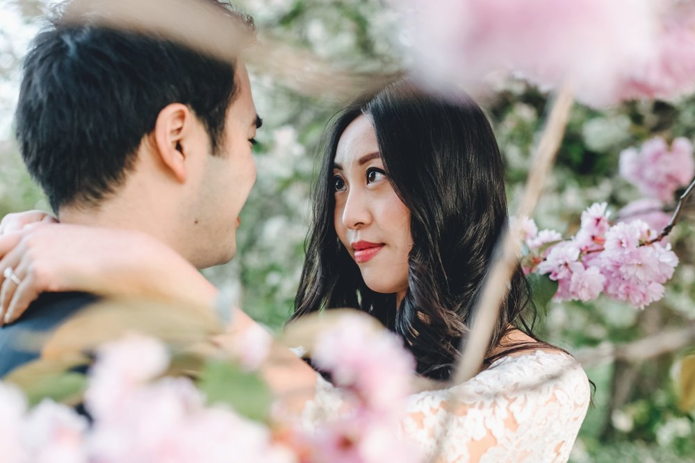 Cherry Blossom Engagement Shoot | Greenwich Park, London | Charlotte Hu Photography