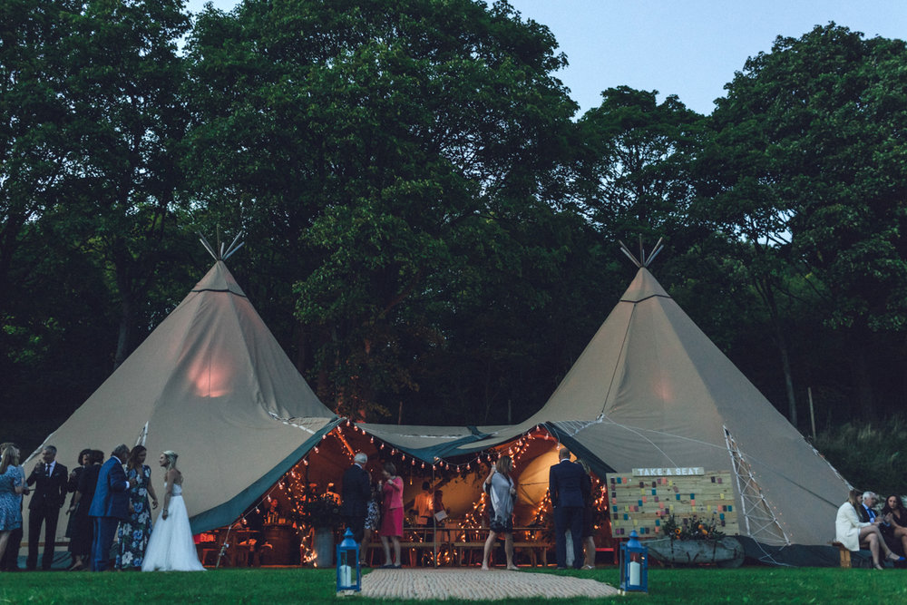 Rustic Tipi Wedding | Rabbit Bank, Hampshire | Charlotte Hu Photography