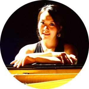 """<a href=""""http://www.klavierstunde-muenchen.de/ran-deng/"""">Ran Deng</a>"""
