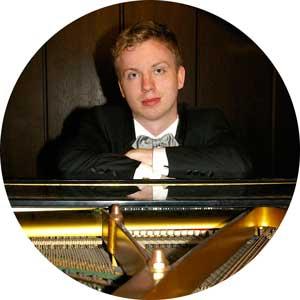 """<a href=""""http://www.klavierstunde-muenchen.de/johannes-steinacker/"""">Johannes Steinacker</a>"""