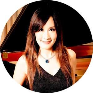 """<a href=""""http://www.klavierstunde-muenchen.de/mu-hui-huang/"""">Mu-Hui Huang</a>"""