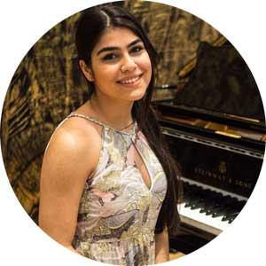 """<a href=""""http://www.klavierstunde-muenchen.de/ela-bekgoez/"""">Ela Cansu Bekgöz</a>"""