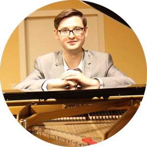 """<a href=""""http://www.klavierstunde-muenchen.de/sam-hylton/"""">Sam Hylton</a>"""