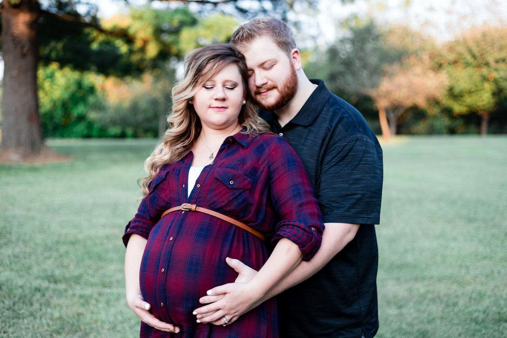 mmw-lynchburg-maternity-photo-session-08.jpg