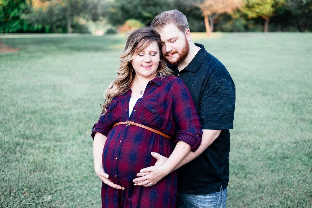 mmw-lynchburg-maternity-photo-session-09.jpg