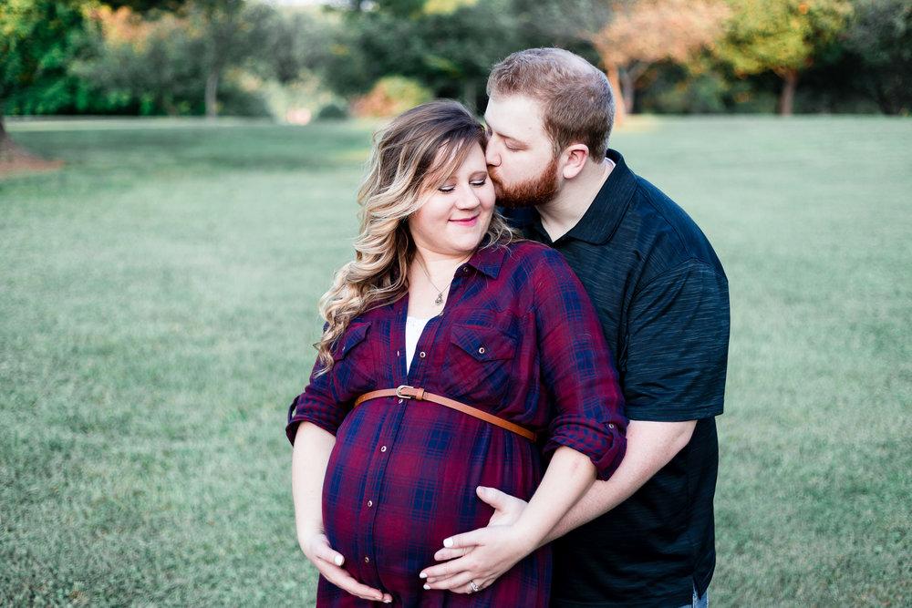 mmw-lynchburg-maternity-photo-session-10.jpg