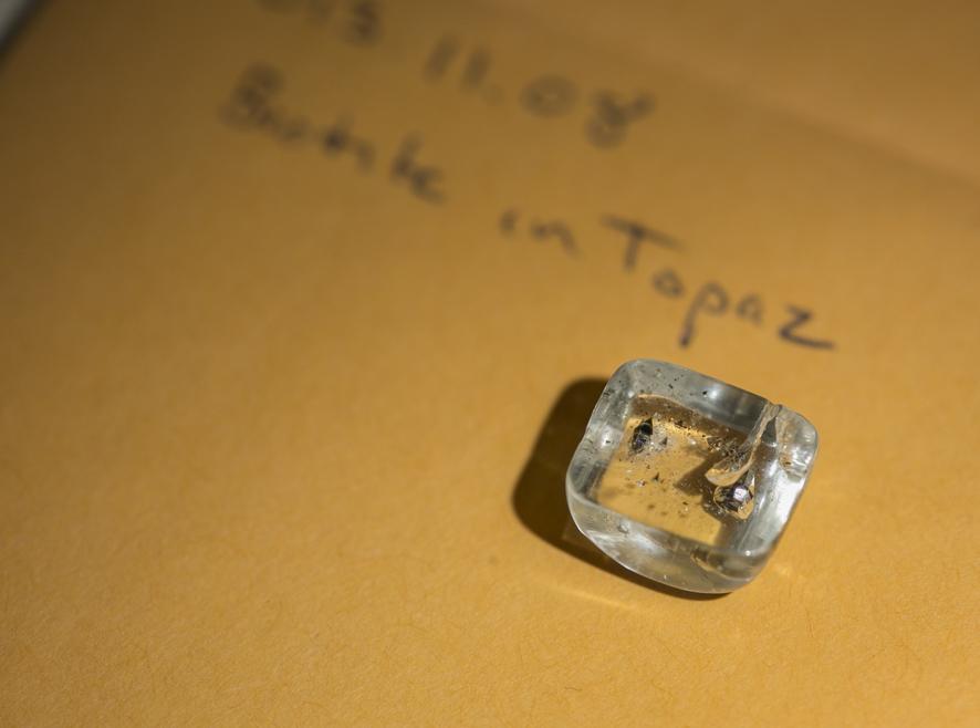 Brown crystal in Topaz.jpeg