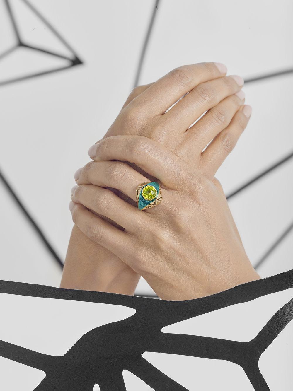 Chromanteq Peridot Bombe Ring.jpg