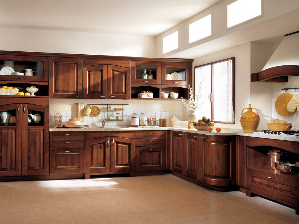 classic-kitchens-varnished-solid-wood-11666-2221669.jpg