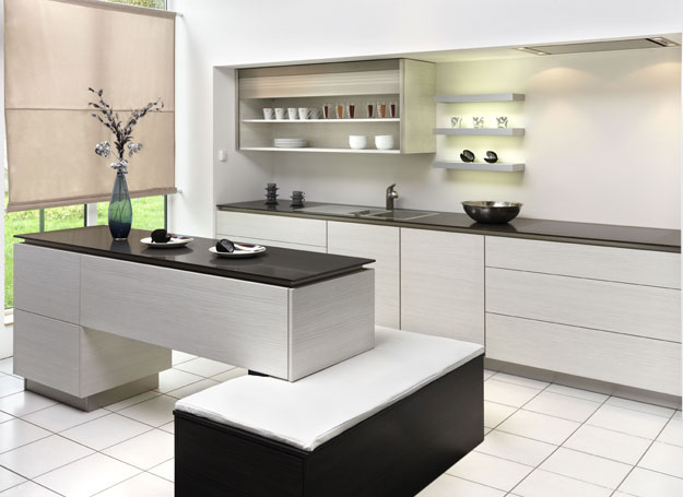 New-modern-black-and-white-kitchen-designs-from-KitcheConcept-7.jpg