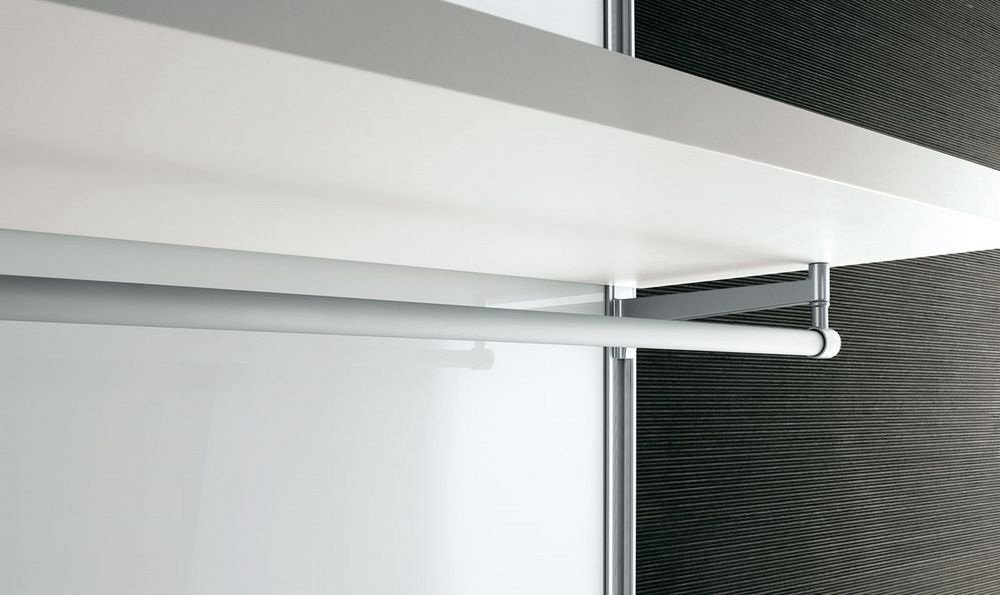 Dress-bold-walk-in-closet-minimalist-practical-rack-detailed-14.jpg