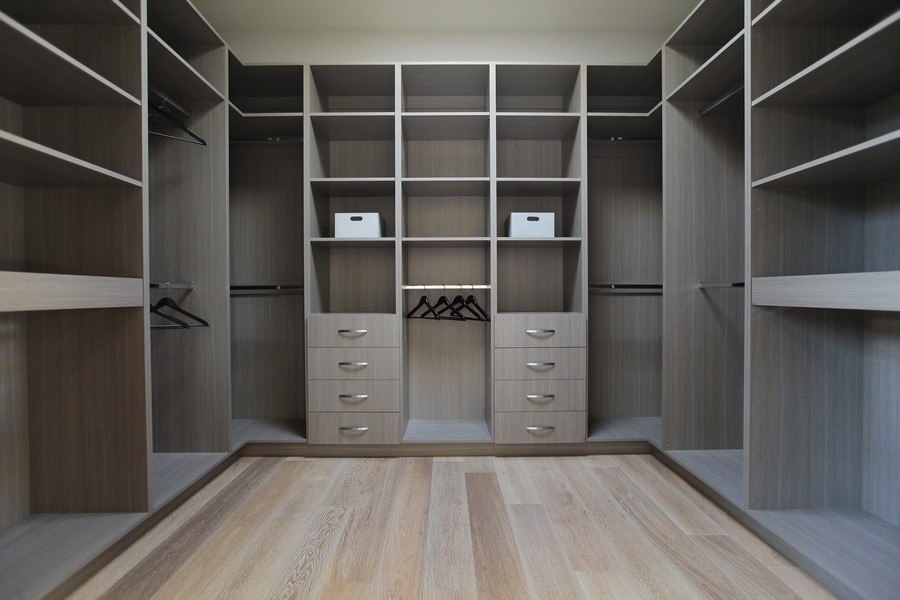 Fabulous-Laurel-Walk-In-Closet-with-Grey-Cabinets-and-Grey-Shelves.jpg