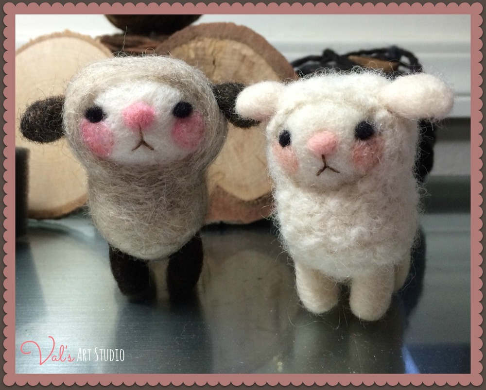 2 Cute Sheep, lg.jpg