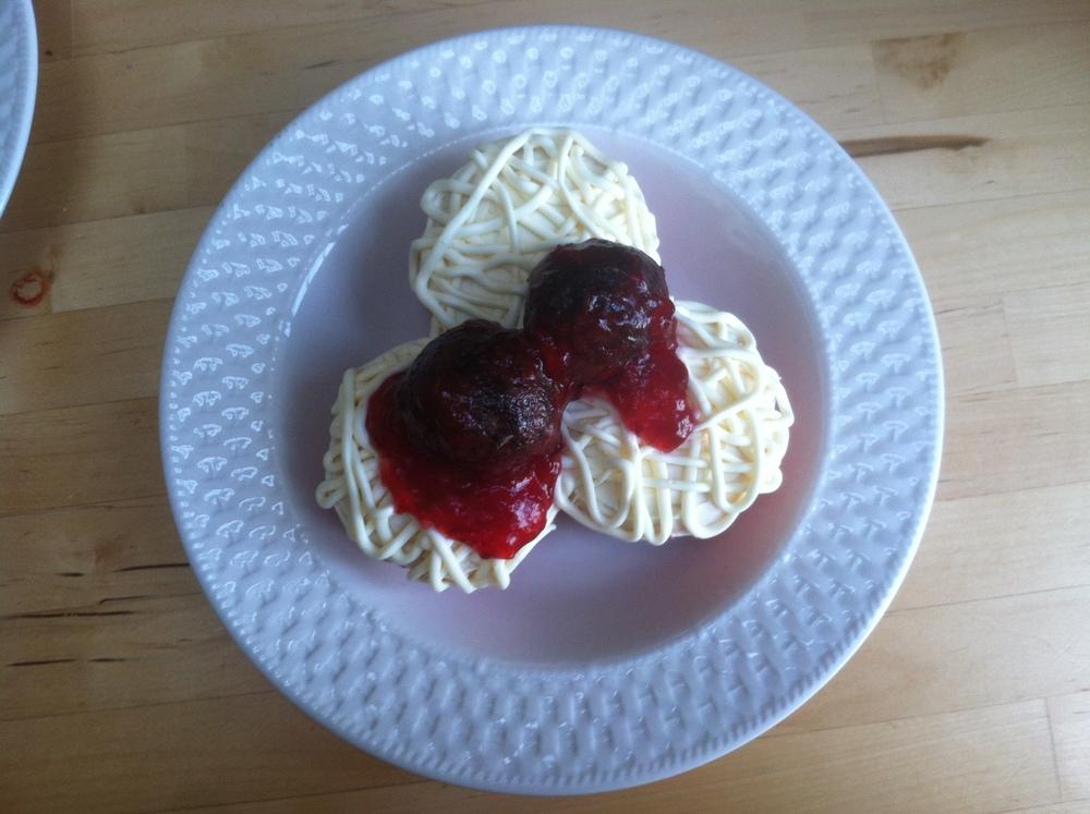 spaghetti©2013 reality bites cupcakes inc..JPG