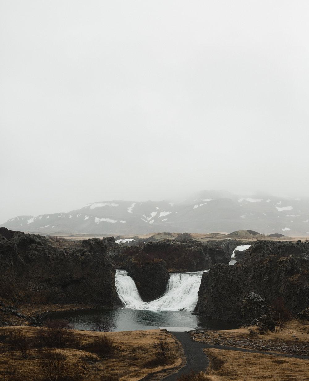 iceland Hjálparfoss
