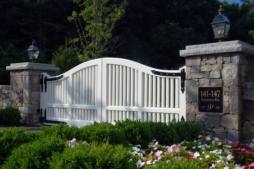 automated-wood-driveway-gate-atlas-outdoor-ct.JPG