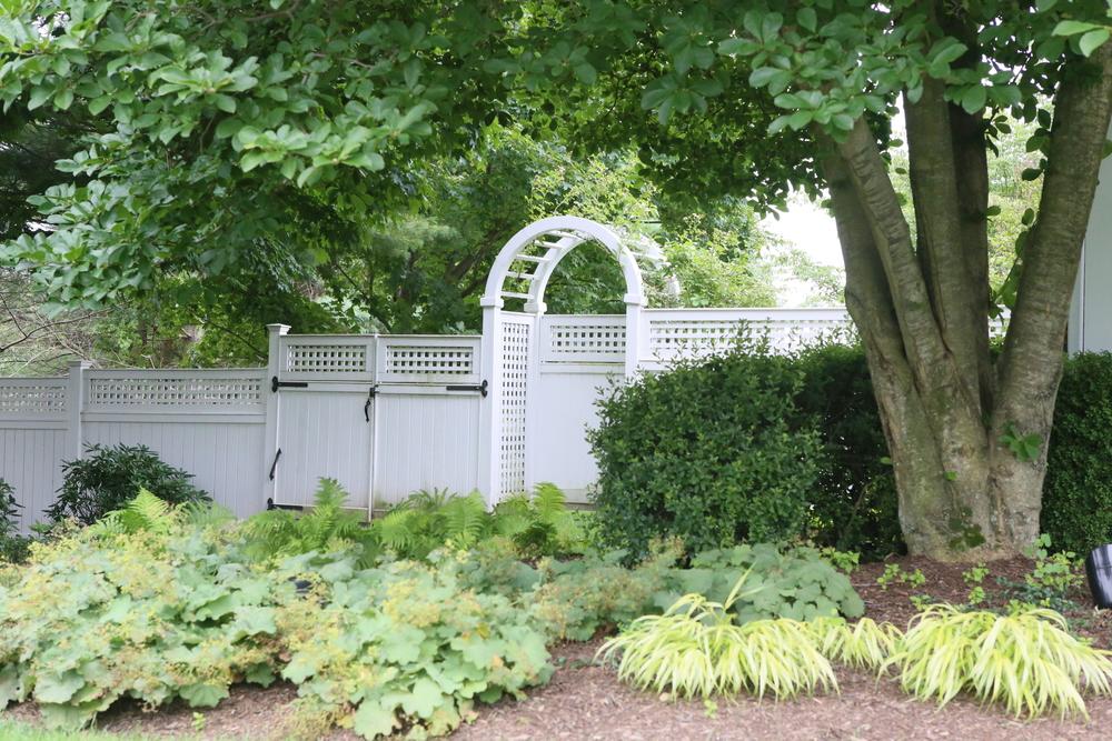white-arbor-gate-atlas-fence-company-ct.jpg