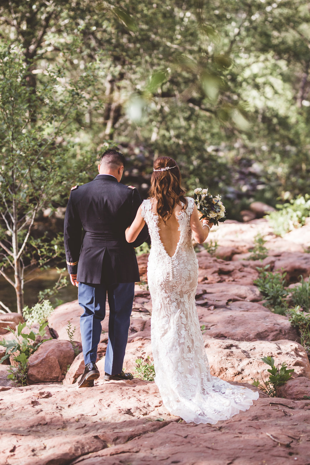 jenna-and-erics-romantic-sedona-wedding25.jpg
