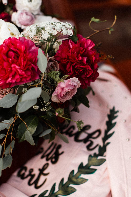 004A9461legendary-las-vegas-elopement.jpg