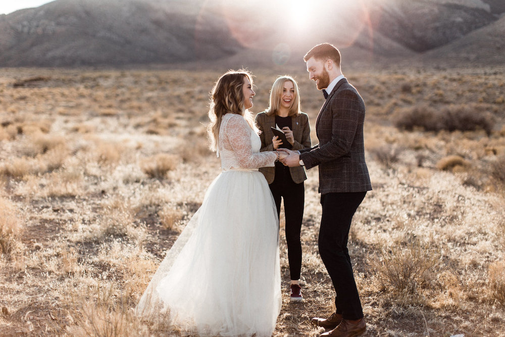 las vegas meadow elopement27.jpg