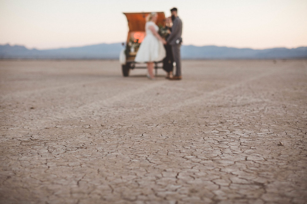 dry lake bed elopement28.jpg