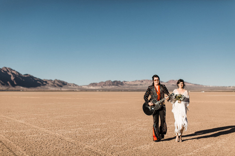the desert elvis elopement4.jpg