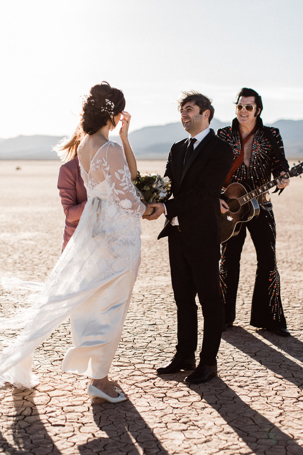 the desert elvis elopement12.jpg