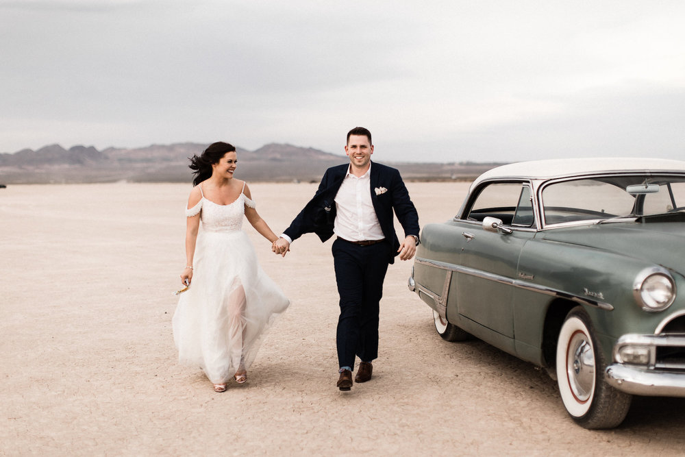 las vegas dry lake bed florapop wedding00004.jpg