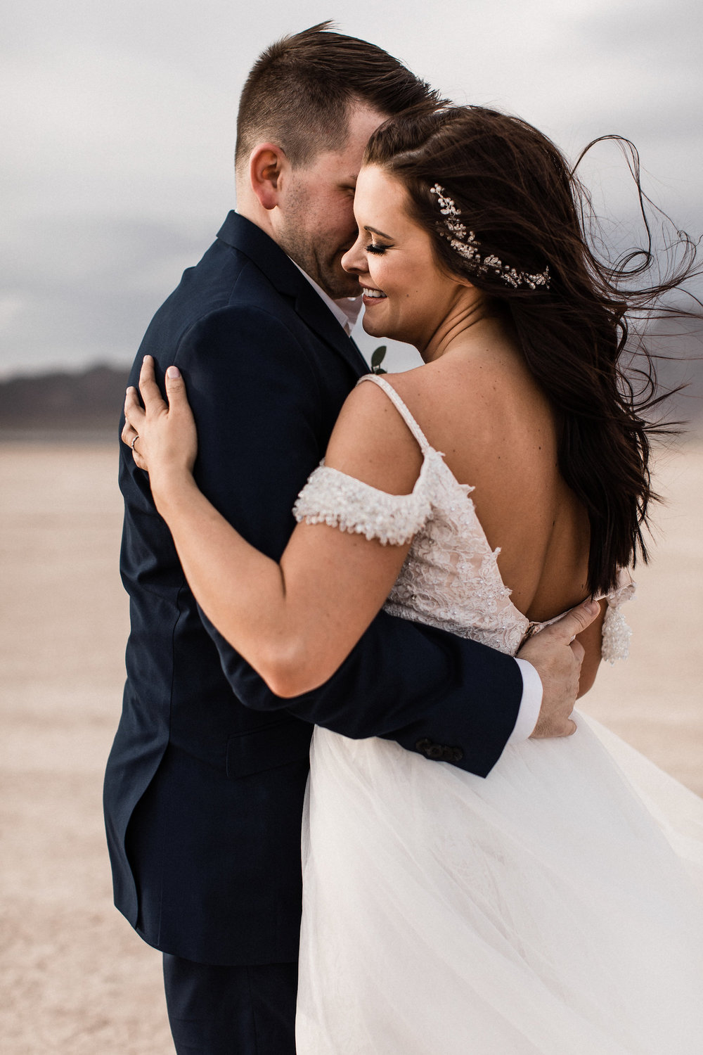 las vegas dry lake bed florapop wedding00024.jpg