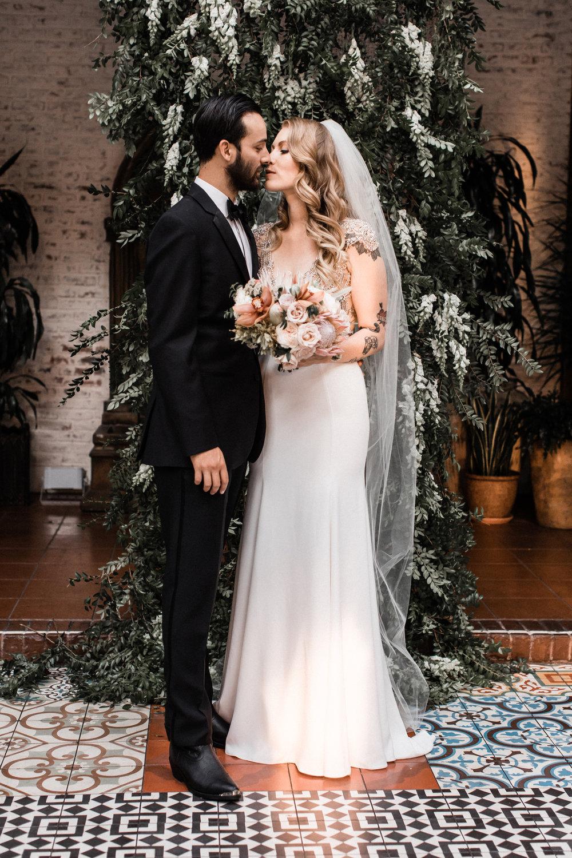 los-angeles- wedding-ebell-club-classic-wedding00104.jpg
