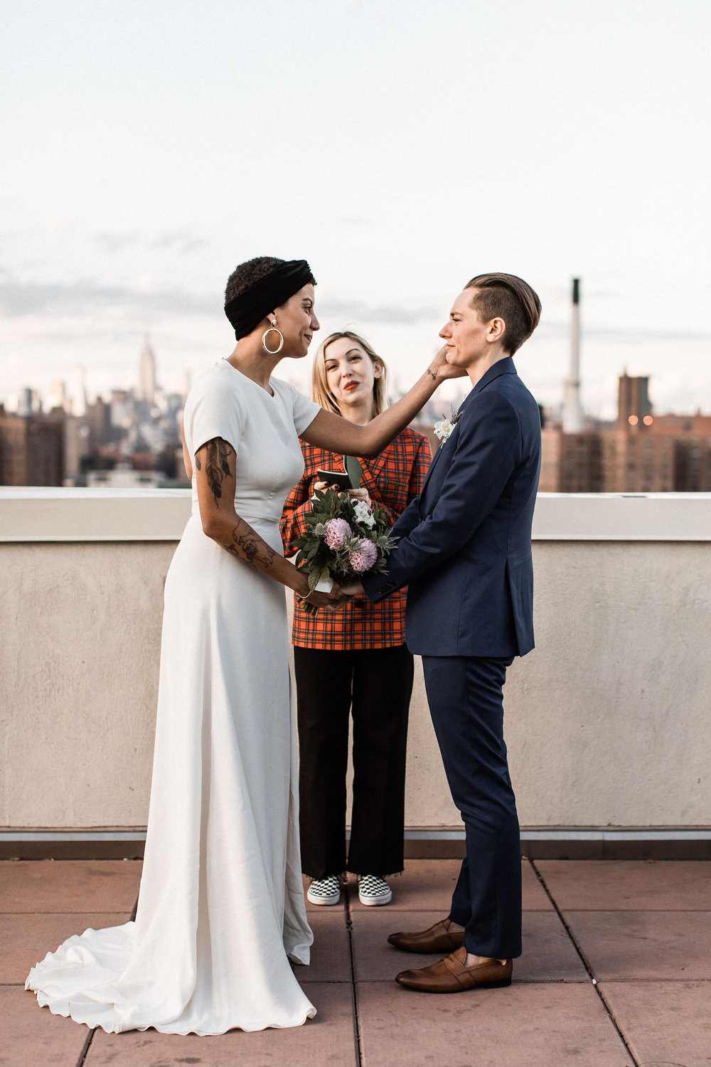 brooklyn-new-york-rooftop-elopement00028.jpg