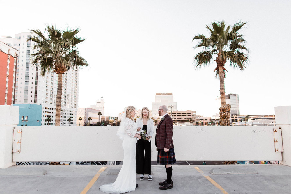 las vegas elopement rooftop downtown las vegas wedding00001.jpg