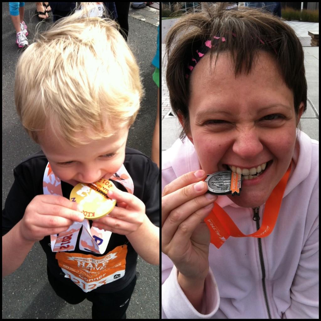 Runner's World Half festival, medal-biting