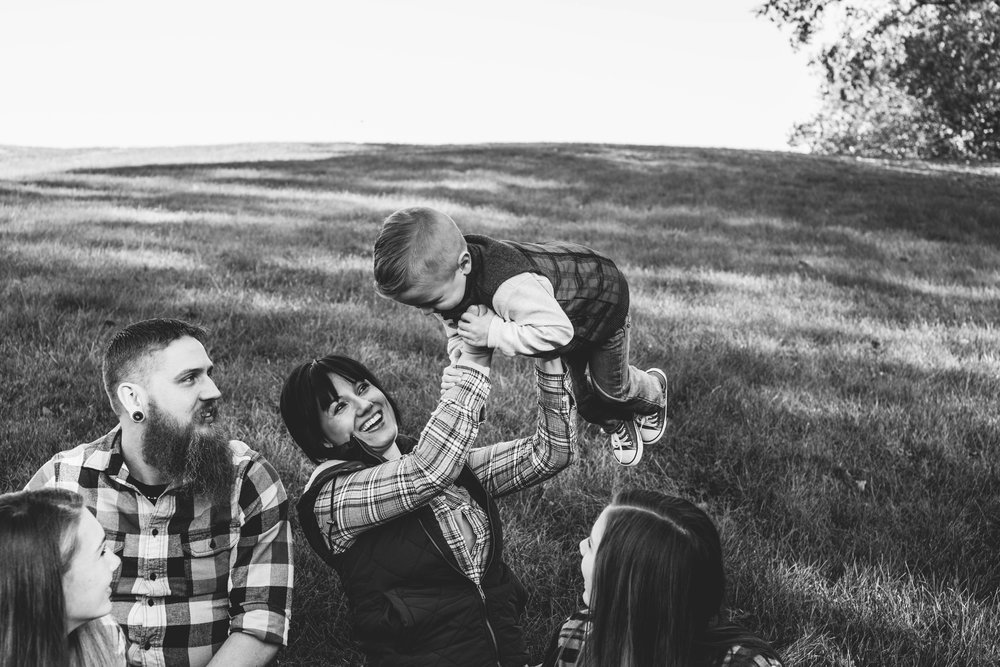 The Lewis Family | Hannahill Photography | Kansas City, MO